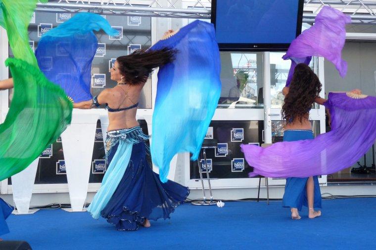 Danses Orientales à la foire de Marseille ,j'ai beaucoup aimé et j'ai photographié