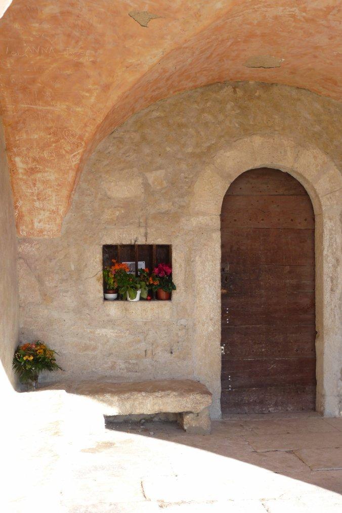 Balade et photos Pierre Paul  ( Vuesdemarseille )à Eygalières ( Chapelle Sainte Sixte )