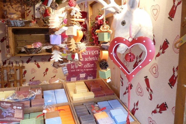 Savons de Marseille à la foire artisanale et marché de Noël