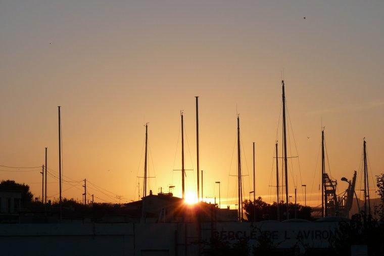 Lever du jour ce matin à l'Estaque  Marseille  ( photos Pierre Paul )