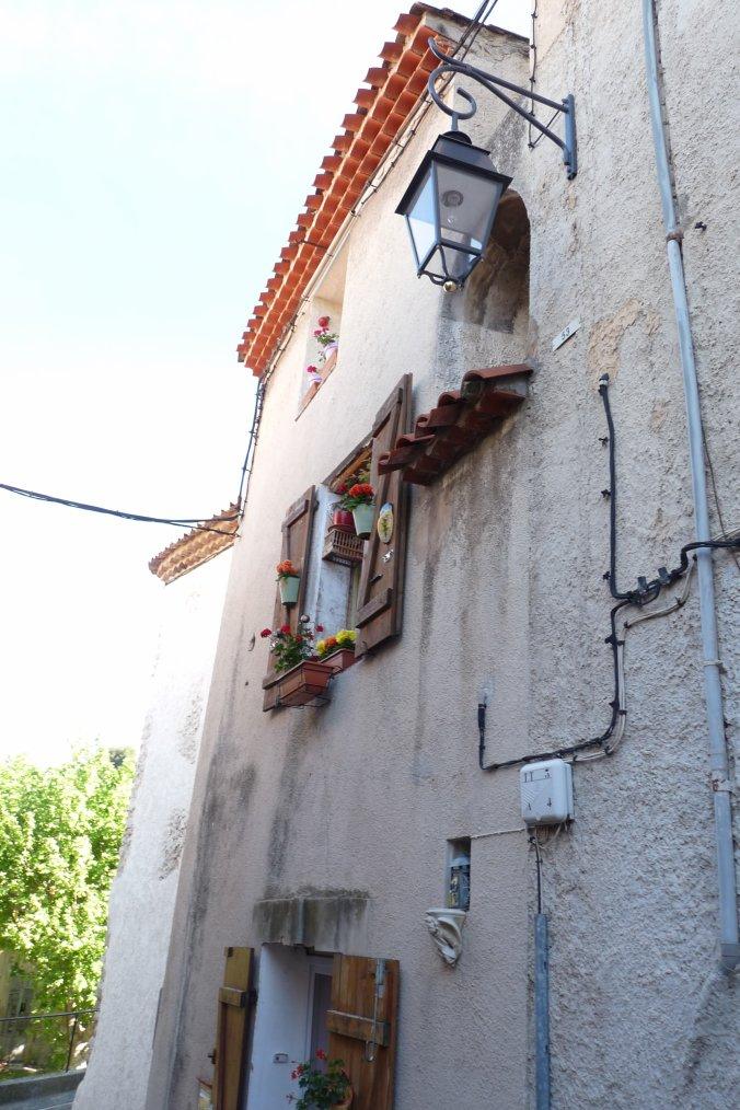 Une idée de rendre hommage à Marcel Pagnol  ( Village de la Treille ) Marseille