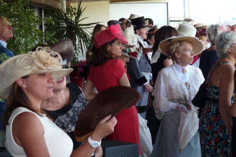 Un siècle d'élégance 1850 -1950 La mode aux courses