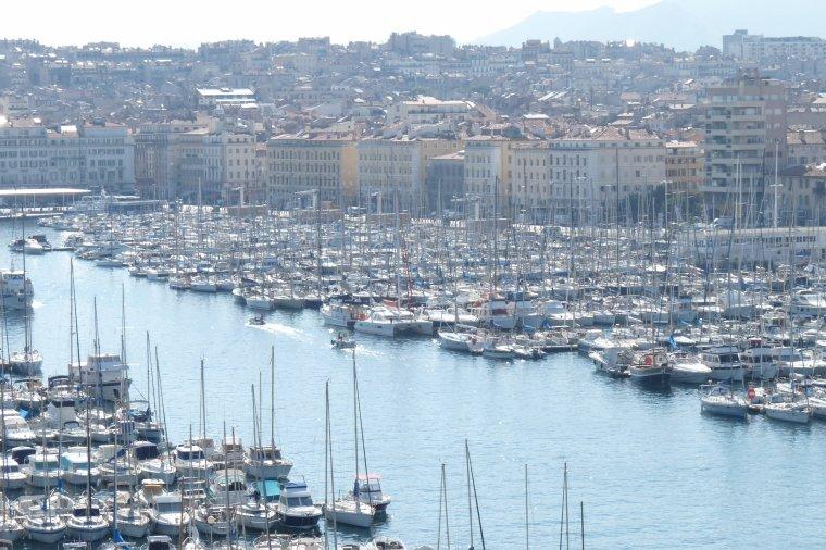 Il y a toujours un bon accueil au Mucem de Marseille ( photo Pierre Paul ) sans flach