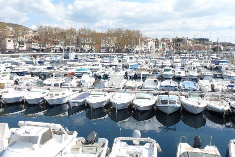 Depuis le petit port de l'Estaque Marseille ( suite )