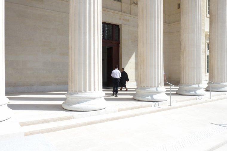 Palais de Justice extérieur ( Marseille ) suite