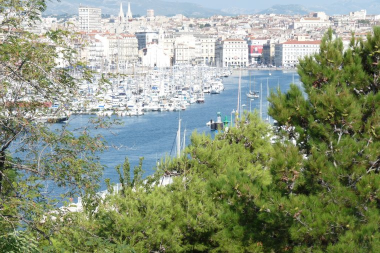 Une jolie vue depuis le jardin du Pharo à Marseille ( Photo Pierre Paul )