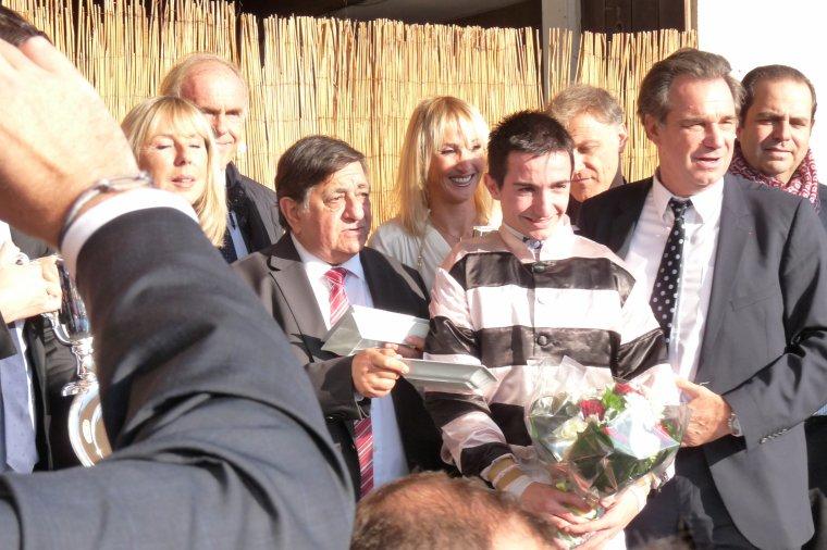 Remise des prix ( Grand prix de Marseille -Hippodrome Borely )