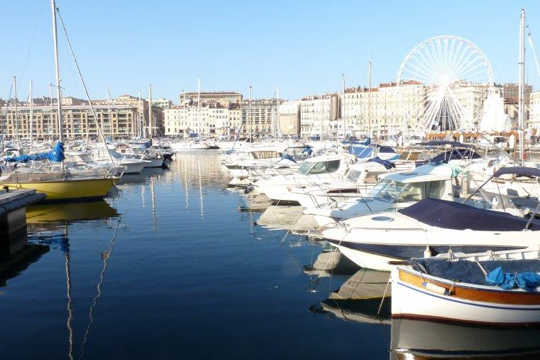Jeudi il faisait très beau à Marseille-La vie doit reprendre son cours