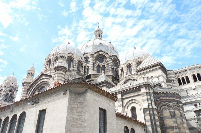 Le haut de la cathédrale de la major - Marseille ( photo Pierre Paul )