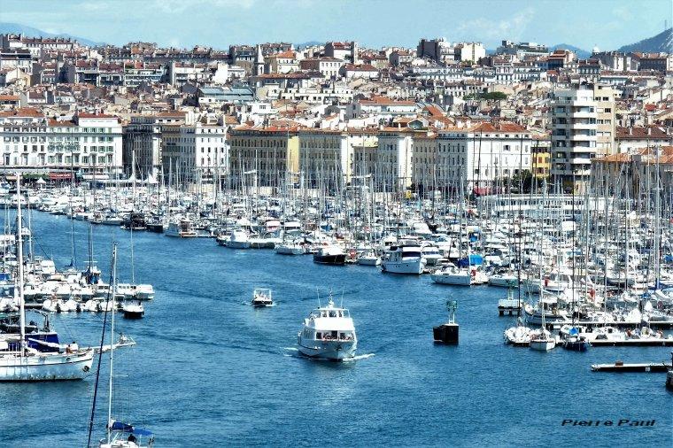 Marseille ,il fait encore trop chaud pour une fin de mois d'août