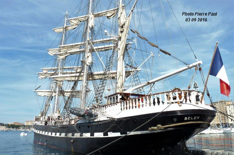 Marseille le Belem est amarré sur le Vieux Port pour la parade du 4 septembre