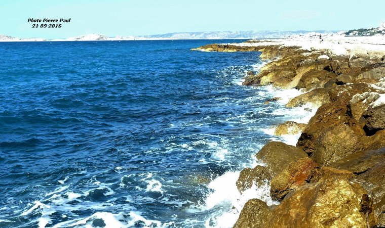 Balade de Pierre Paul - Depuis David , incroyable le bleu de la mer