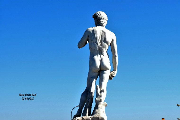 David à coté des plages du Prado et pas loin du Parc Borely