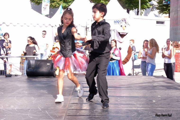 Il n'y a pas d'age pour danser ( Foire internationale  de Marseille )