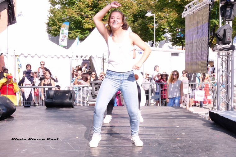 Foire internationale de Marseille - La joie de vivre et de danser