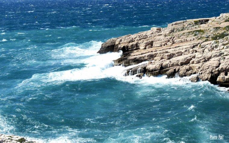 Le beau temps revient sur Marseille - Photo entre les Goudes et Callelongue .