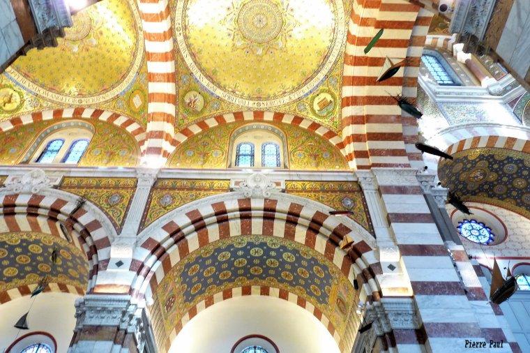 Les Mosaïques Byzantines sont majoritaires à l'intérieur de notre Dame de la Garde