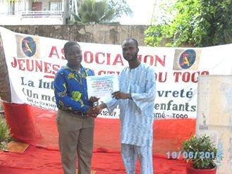 Remise de diplôme du festival francophone plume des jeunes poètes