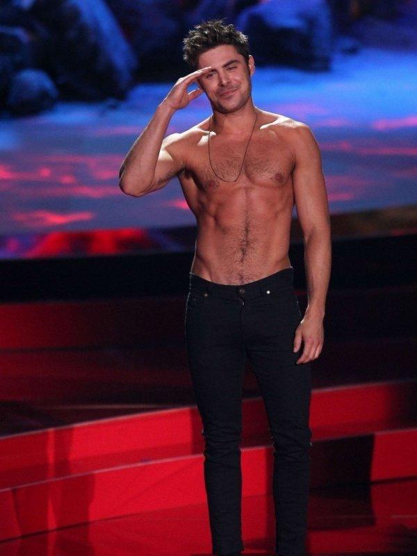 Zac Efron au MTV Movie Award 2014
