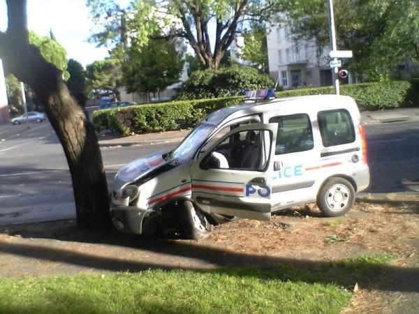 Car Crash Detective