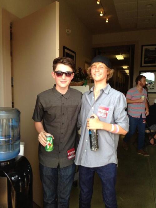 Greyson Chance avec Cody Lovaas à Santa Barbara
