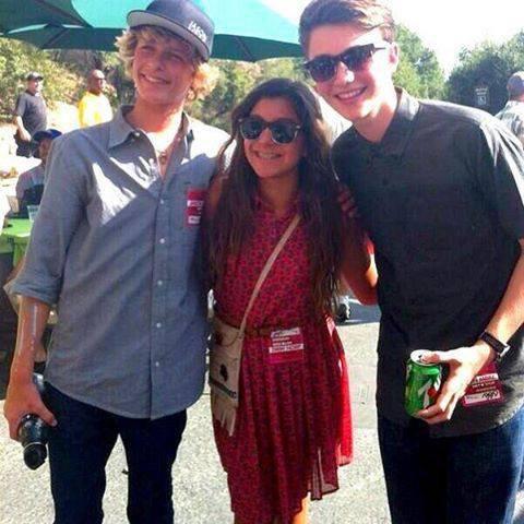 Greyson et Cody et surment une fan
