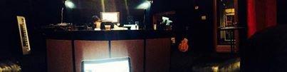 """13.01.2014 tweet de Greyson Chance """"installation de studio 1er jour ici dans la ville d'e"""""""