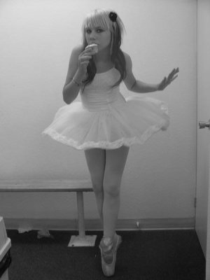 I love dancing and eating. :)