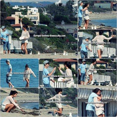 (l) Justin Bieber & Selena Gomez (l)