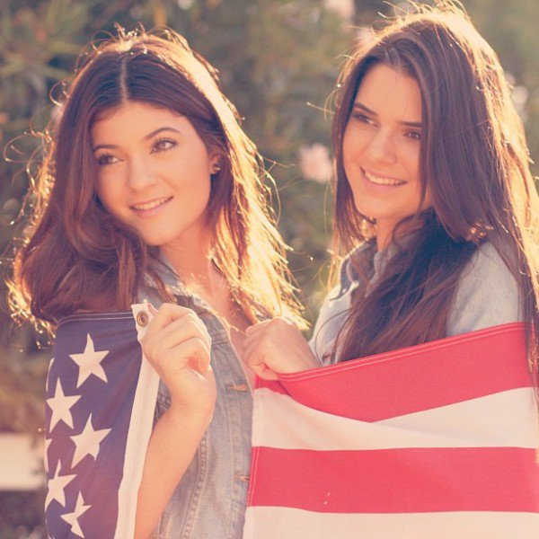 Kylie et Kendall Happy new year 2013