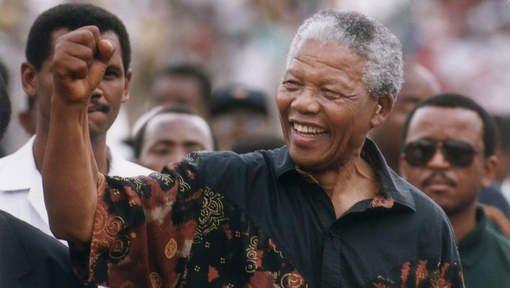 Le monde entier pleure Nelson Mandela