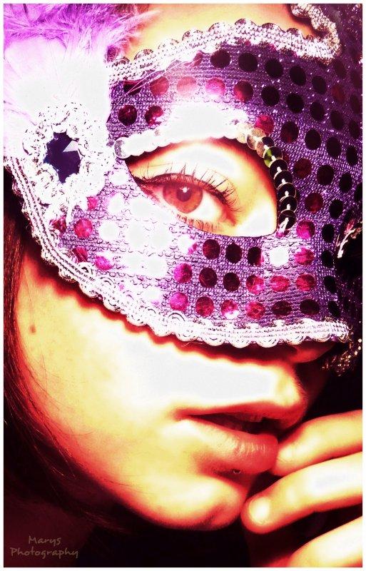 Série Maskée