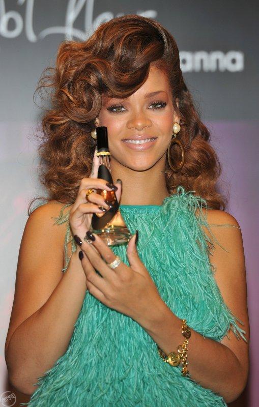 Rihanna est à Londres pour faire la promotion de son premier parfum