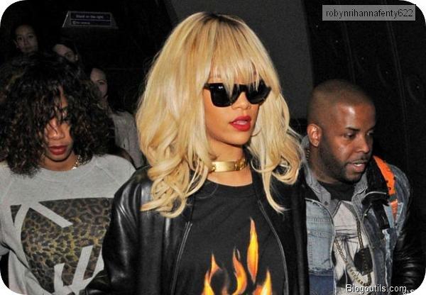 Rihanna s'énerve quand on lui parle de Chris Brown ,