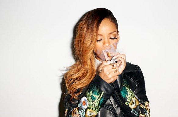 Rihanna pose pour Terry Richardson