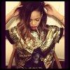 RIHANNA COMMANDE UN PORTRAIT GÉANT DE CARA DELEVINGNE !, Rihanna en guerre contre Lena Dunham de Girls