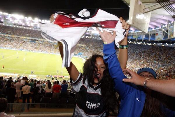 Coupe du Monde 2014 : Rihanna fête la victoire allemande avec les joueur