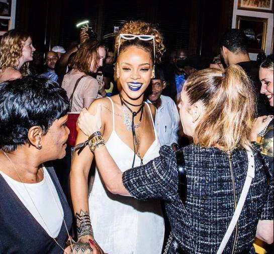 Rihanna organise une fashion week