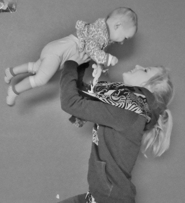 """"""" → Pr℮s℮ntαtion ;  L'amour de ma vie ; Ma nièce   """" ♥"""