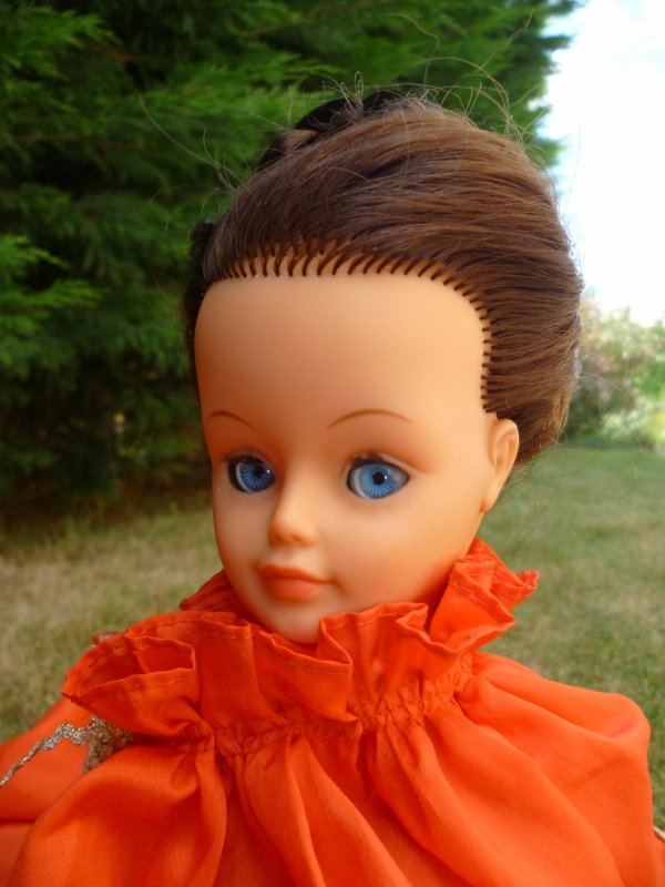 Ma Cathie brune préfère le rouge!