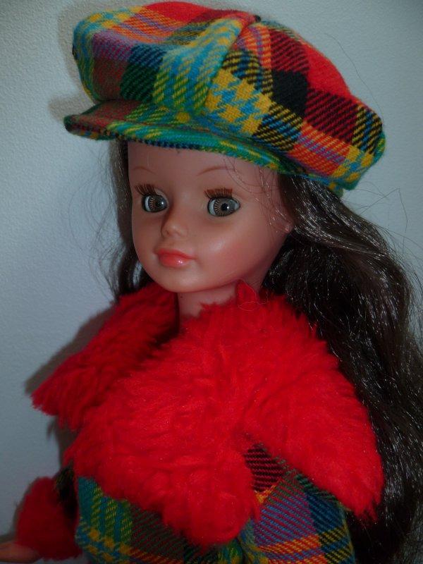 Cathie en Tenue Lilas 1973 vous souhaite un bon weekend!