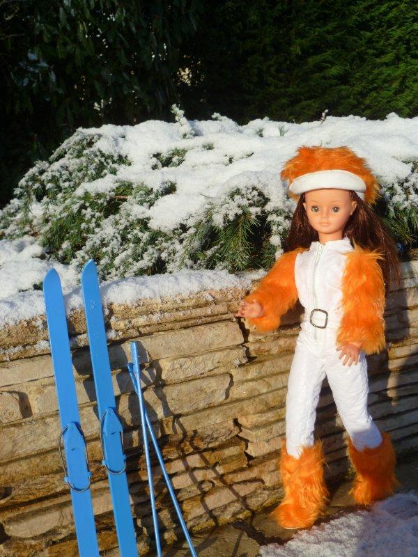 Cathie en tenue Ski vous souhaite un bon weekend!