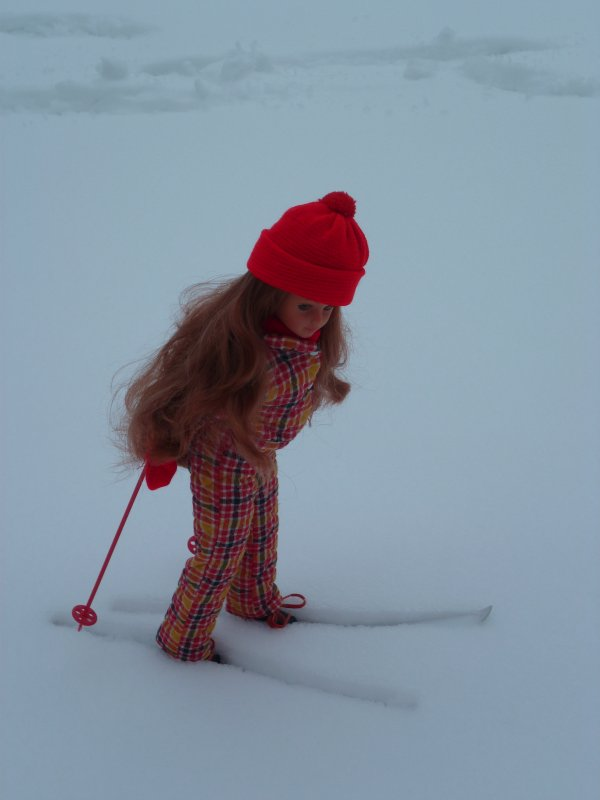Ma jolie Cathie Rousse en Tenue de Ski Chamonix 1972