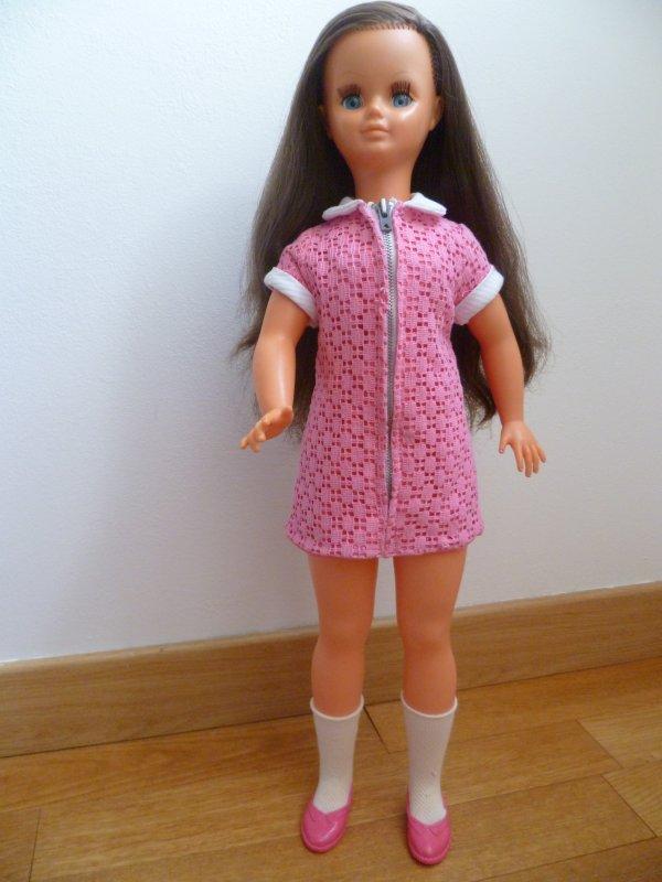 Betsie en robe de présentation 1967