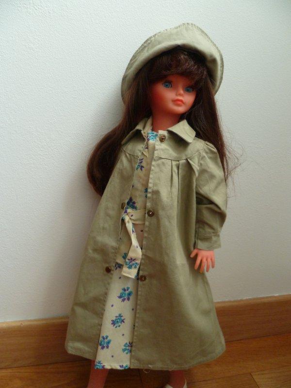 Il Pleut!Cathie en tenue Biarritz 76!