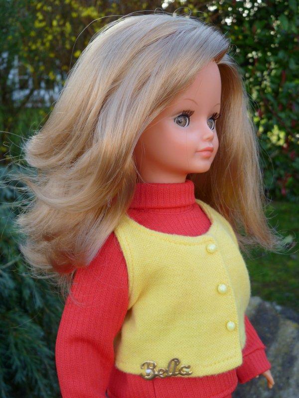Cathie,en Tenue Florence 1971,est sortie entre deux averses