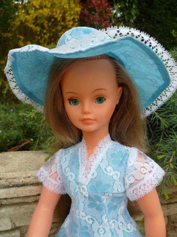 Petit Coucou de Cathie,en tenue Méribel