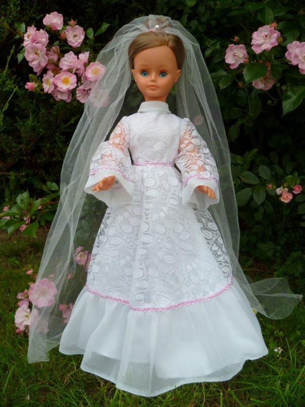 Cathie,en Tenue de  Mariée 1975,Hors catalogue ?