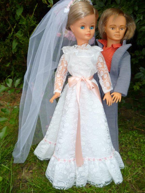 Cathie en Tenue de Mariée 1978