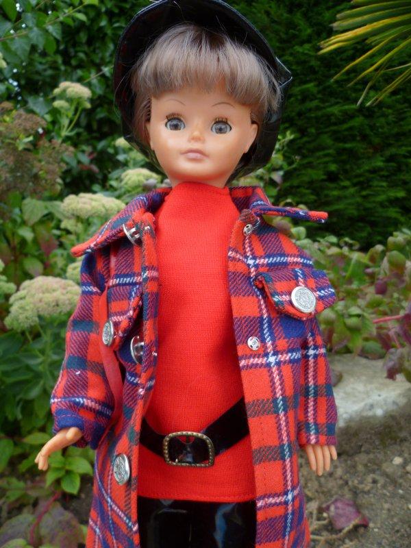 Cathie en tenue Cotterêt 72 vous souhaite un bon weekend!